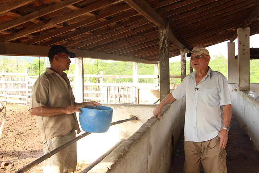 Pecuarista e comerciante Itamar Cajazeiras Sá, de 76 anos. (Foto: Jéssica Welma/Tribuna do Ceará)