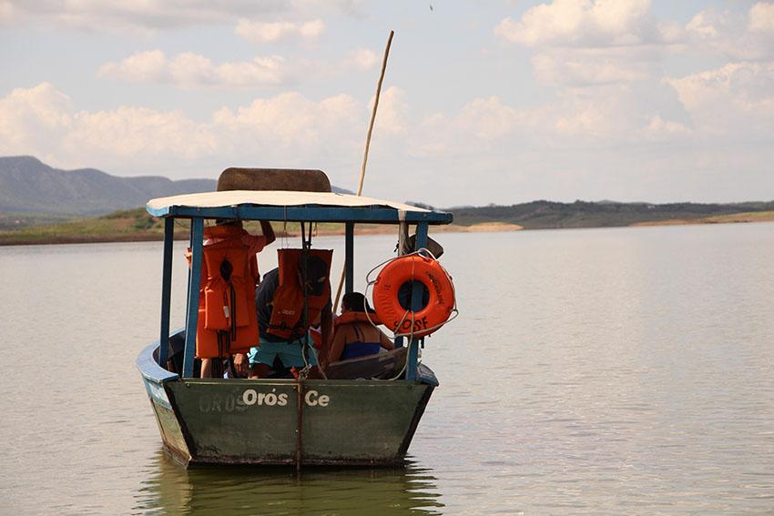 Humberto Sousa Fontes, 41 anos, barqueiro no Orós. (Foto: Jéssica Welma/Tribuna do Ceará)